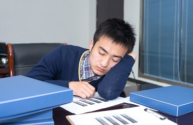 Four myths about scientists that let you work too much!